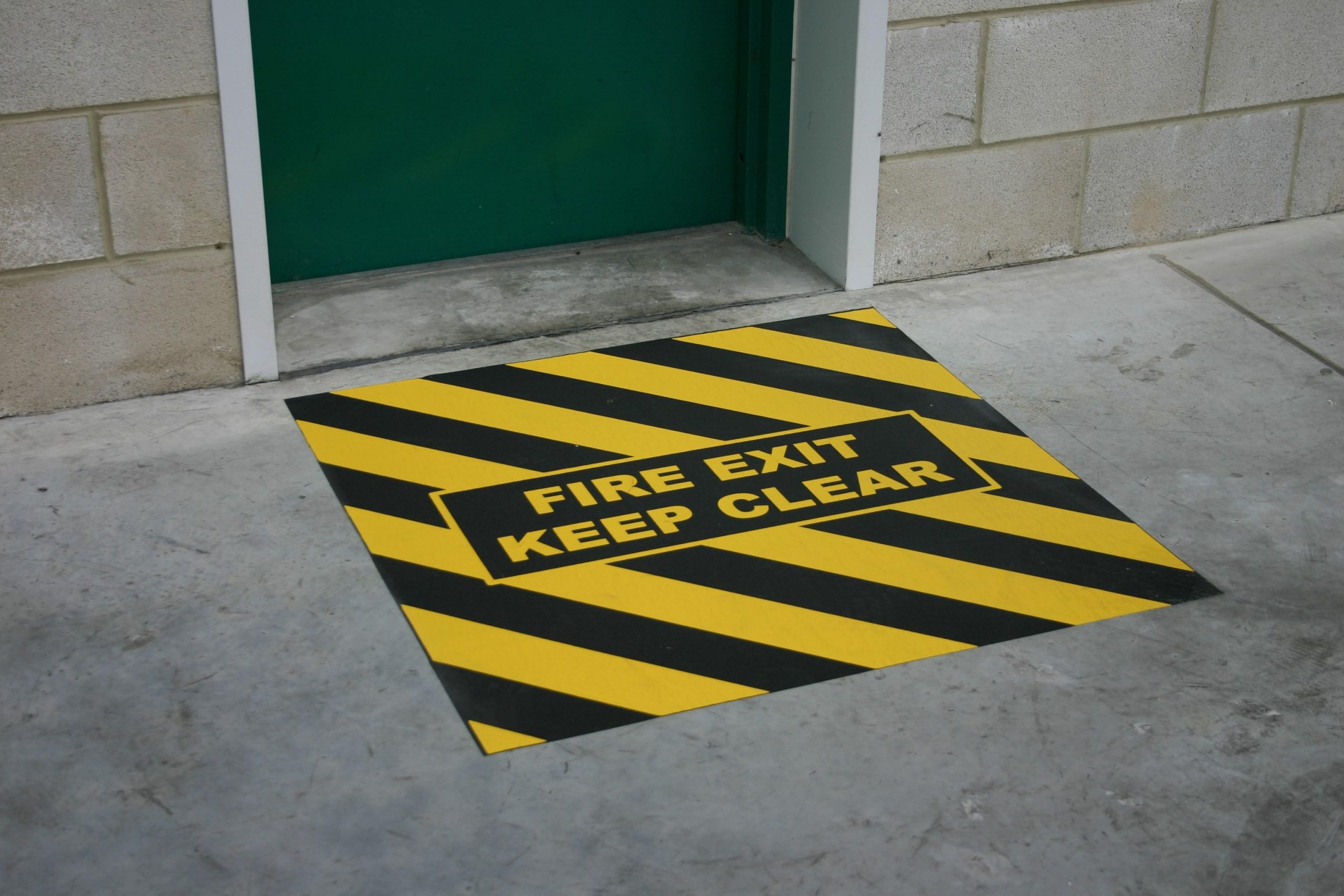 _589640311H3416-Anti-Slip-Fire-Exit-Marker-3
